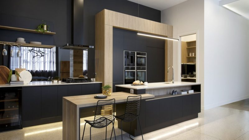 I REVIEW THIS WEEK'S KITCHENS FROM THE BLOCK
